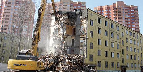 Сергей Миронов предложил поддержать программу реновации вПетербурге федеральным финансированием